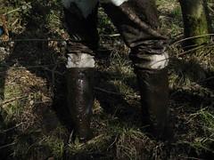 C5 (petervdmdr) Tags: rain mud boots rubber dirty wellies muddy rubberboots rainwear gummistiefel bottes modder schlamm boue kaplaarzen