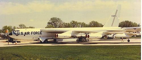 Warbird picture - Boeing B-52 Stratofortress