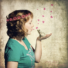 Kissing the frog to get the prince is a waste of a perfectly good frog~ (Pink Pixel Photography (f.k.a. Sunny)) Tags: selfportrait photomanipulation frogprince sigma1770mm canoneos7d wwwpinkpixelat pinkpixelphotography thankyougeoffforyourtestimonial3 thankyoufor200000views howmanyfrogsdoihavetokisstofindaprince