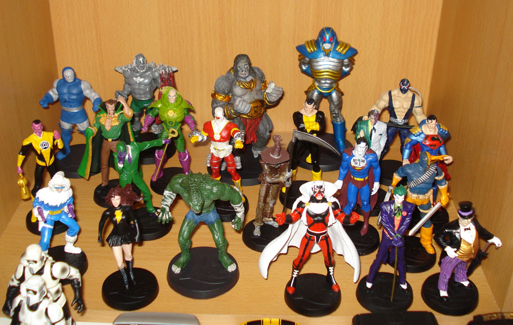 LZ Collection: EagleMoss DC Super Hero Lead Figures Collection