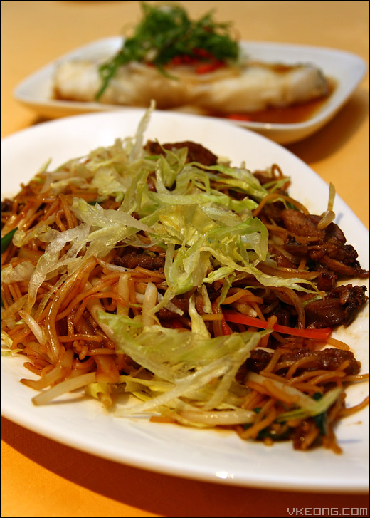 fried-duck-noodle