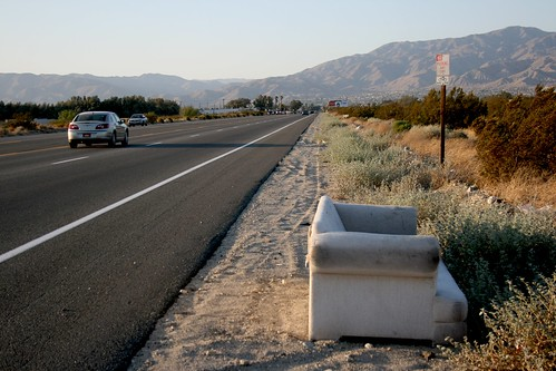 Sofa Free, Hitching North