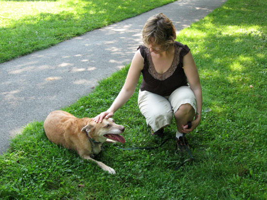Alyce and Una - Good dog! (Click to enlarge)