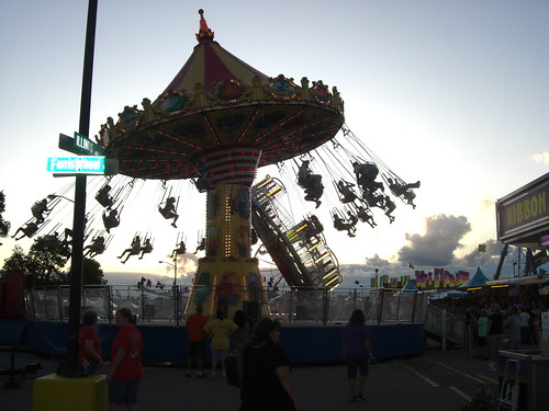 Not the best photo, but those swings looked fuuuuunn