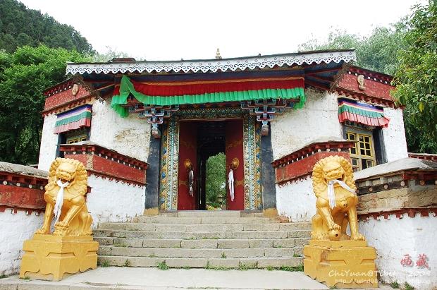 西藏林芝布久喇嘛嶺寺01.jpg