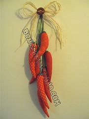 """.:. """"Penca"""" de Pimentas .:. (Bonecos de Pano .Com) Tags: decorao cozinha pimentas hortifruti pimentasdetecido trabalhosemtecido trabalhosdepano pencadepimentas cachodepimentas"""