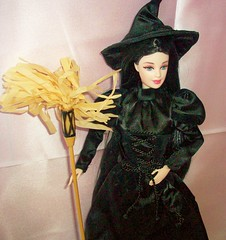 come  here  my  pretty !!!!! (napudollworld) Tags: girls halloween fashion witch ghost barbie scene characters fever