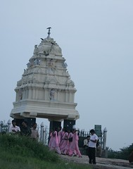 Kempe Gowda's tower at Lal Bagh (rednivaram) Tags: tower bangalore lalbagh kempegowda