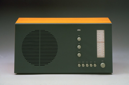 SuperHet VHF and medium wave radio, Braun, 1961 designed by Dieter Rams and Hans Gugelot
