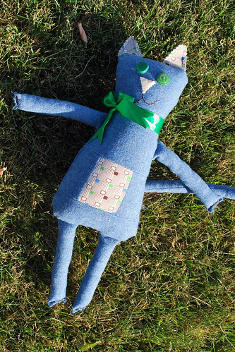 Steve the Cat in Blue in the Grass by Beeper Bebe.