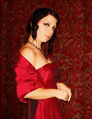 Bathory Leah