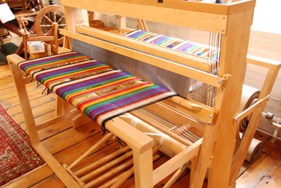 harrisville loom warp in progress
