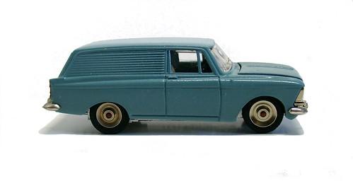 Moskvitch 434 van