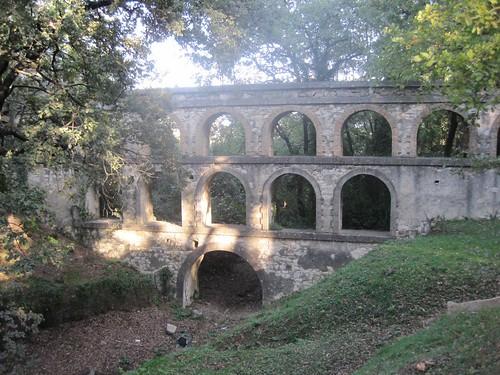 Aqueduc de Balouvière