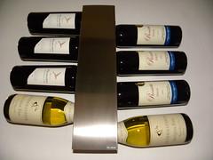 10 jan '10 (trientjedartel) Tags: red white wine wijn wijnrek