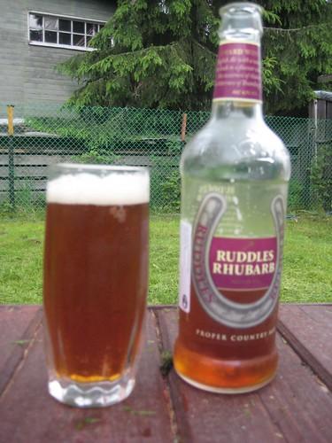 Ruddles Rhubarb glass