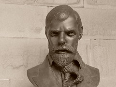 David Herbert Lawrence (Dun.can) Tags: nottingham sculpture castle statue bronze blackwhite poem bust poet writer author novelist sculptor intensity eastwood dhlawrence notts nottinghamcastle dissolute dianathompson 18851930