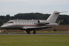 OE-INS - VistaJet - Bombardier (Canadair) CL-600-2B16 Challenger 605 (CL605) - Luton - 090820 - Steven Gray - IMG_9295