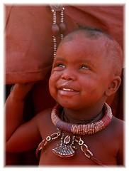 NAMIBIA 2007 (Tinavale) Tags: namibia himba bambino