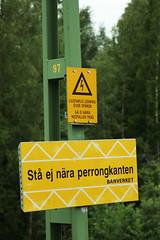 St ej nra perrongkanten (ndap) Tags: sign canon 350d photo lenstagged sweden karlstad canon1755f28 vlsviken