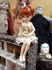 My little Min... just sitting pretty (Mixi Michi) Tags: doll tiny bjd elfdoll mindelre 14cm houstondollshow