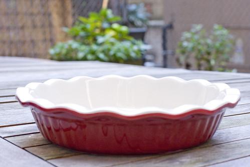 ceramic deep dish pie plate