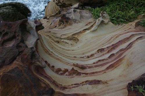 奇岩。紋理