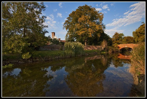 Late afternoon by the river stour