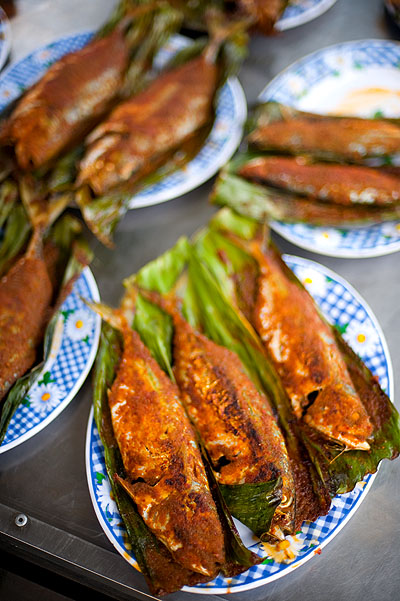 Pan-grilled fish at an evening market on the eve of Aidilfitri, Kota Bharu, Malaysia