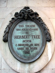 Photo of Herbert Beerbohm Tree green plaque