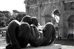 Dereida (Cristiana_) Tags: roma grosso colosseo nudo grasso