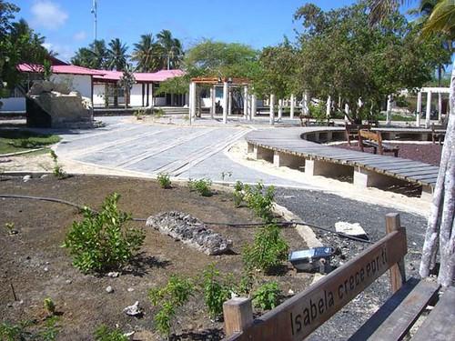Villamil plaza-Galapagos-