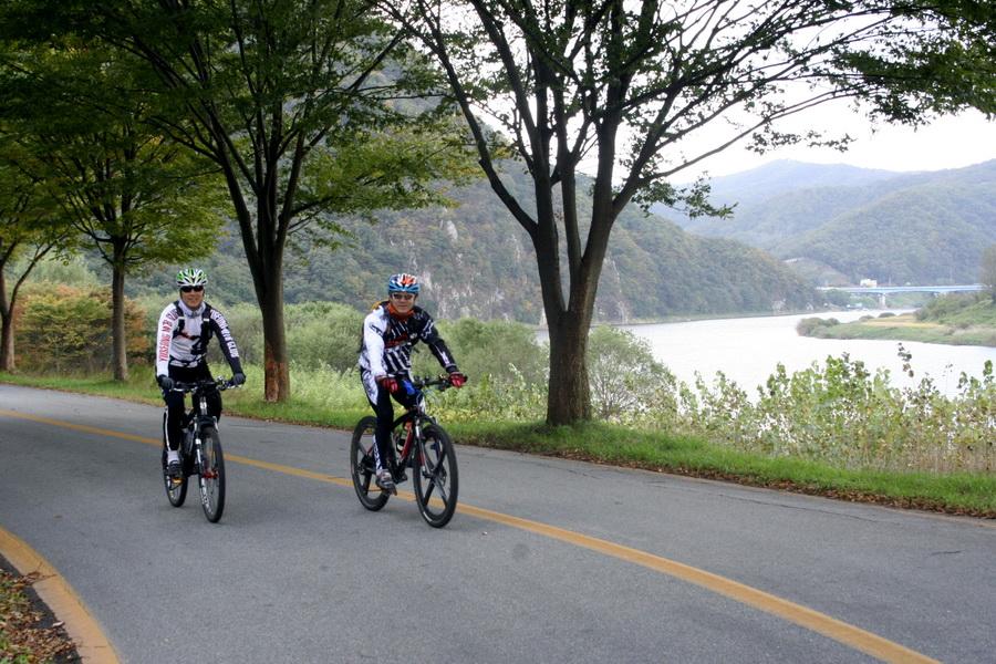Geumgang riverside ride(2)