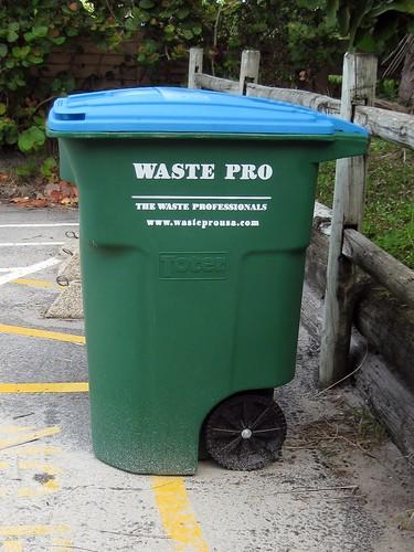 toter 96 gallon. NEW Waste Pro 96 Gallon Toter Cart E