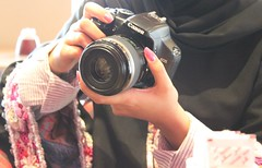 (H a  a ) Tags: pink november canon fun uniform photographer had abaya heartbreaker amna wagif soug albayan cocorose sundy allured spreso hagawee 22112009 foushy