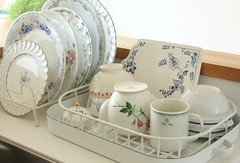I love dishwashing (cottonblue) Tags: china house art home kitchen japan corner vintage design living cozy bedroom apartment dish display furniture interior country cottage decoration style livingroom coastal thrift decor bazzar fleamarket interiordesign smallspace shabbychic homefurnishing homedecoration homedesign thrfit fleamarketstyle vintagedecoration cottonblue homedressing bazzarstyle lifecountryshabbyinterior