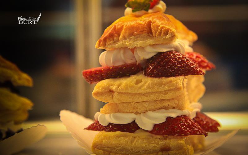 金馬崙_草莓蛋糕