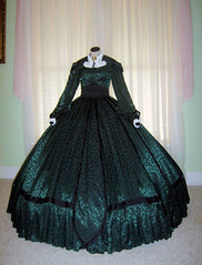 scarlett green christmas dress train depot 2 (scarlett283) Tags: costumes scarlett scarlet dress civilwar dresses gown gonewiththewind gwtw ballgown vivienleigh walterplunkett