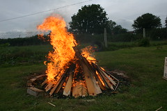 Windy (Jolphin) Tags: hot fire flames bonfire heat highenergy ignite scorch shedclearance