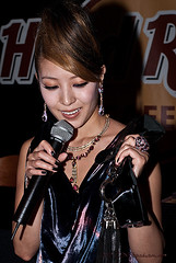 BoA Kwon - Hard Rock Cafe, Las Vegas, Nevada (蚂蚁朋克) Tags: las vegas rock nikon nevada hard nv boa korean singer tigger d200 kwon bennie tnb tiggernbennie