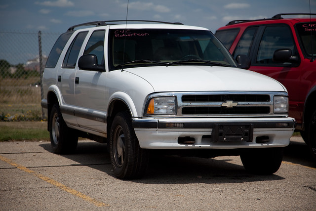 white chevrolet destruction 1996 chevy government 1997 1995 suv crush blazer economy obama fuel destroy clunkers gasguzzlers clunk 18mpg cashforclunkers