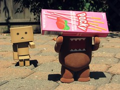 Domo steals Pocky (willycoolpics.) Tags: action lol domo figure theif pocky theft picnik danbo revoltech danboard