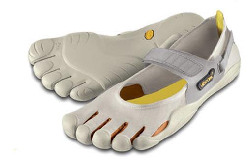 괴상망측한 신발