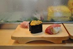 DSC_0708 (seventyoneplace) Tags: trip food sushi tokyo uni 2009 toro daiwa