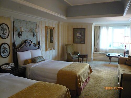 Tokyo Disney Hotel - 7