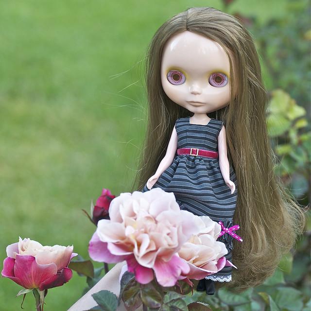 171/365 Blythe Doll in Portland's Rose Garden