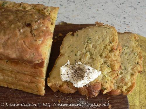 Zucchini-Pecorino-Kuchen 001