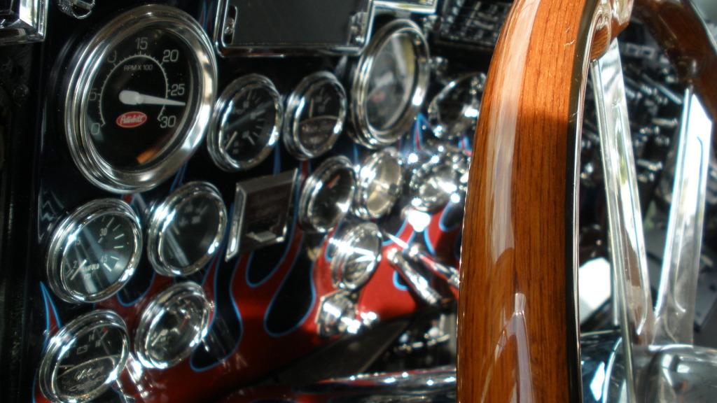 Peterbilt Optimus Prime velocímetro