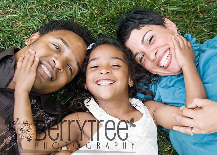 "3747563785 d956820d5f o ""A happy family...   BerryTree Photography : Smyrna, GA Family Photographyer"