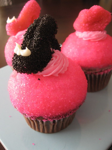 sparkly hot pink heels. Dark Chocolate cake, Hot Pink